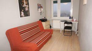 Ładny pokój w studenckim M4